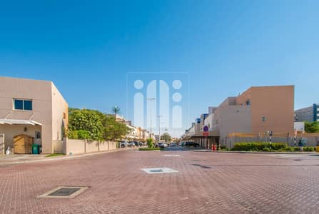 2 Bedroom Villa for Sale in Al Reef, Abu Dhabi - 2 Beds | Double Row | Private Garden