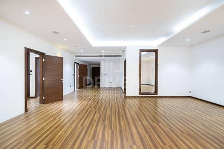 شقة 1 غرفة نوم للبيع في نخلة جميرا، دبي - Sea Front| Upgraded 2 BR |Private Garage