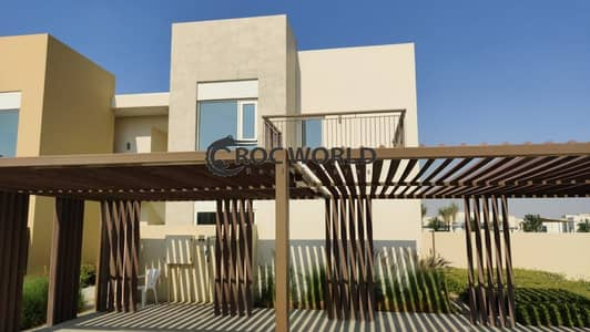 5 Bedroom Townhouse for Rent in Dubai South, Dubai - Specious 5 BR Villa| Great Finish| Best Price