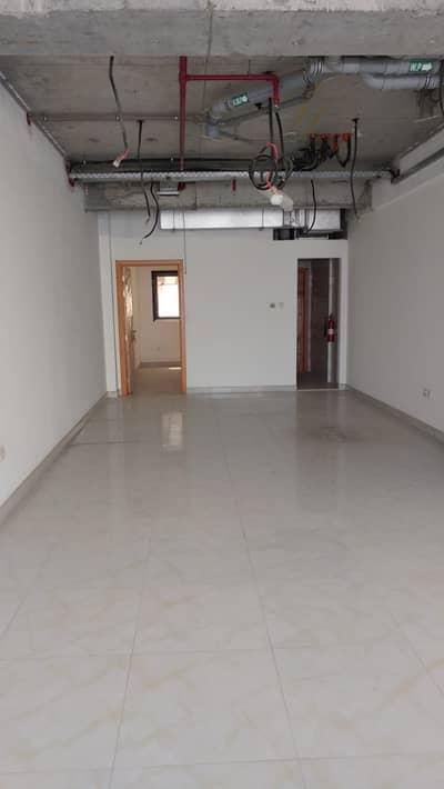 محل تجاري في المنطقة الصناعية 17 المنطقة الصناعية 22000 درهم - 4926523