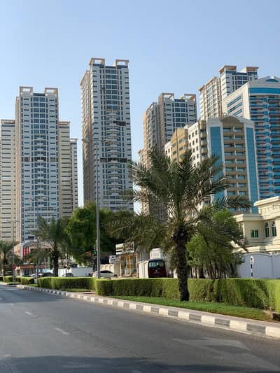 2 Bedroom Flat for Sale in Al Sawan, Ajman - SUPERBLY STYLISH TWO BEDROOM PLUS HALL WITH PARKING FOR SALE WITH ONE CAR PARKING