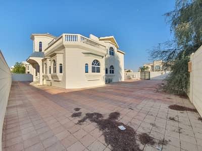 6 Bedroom Villa for Rent in Al Ramaqiya, Sharjah - 6/Bedroom + Majlas + Separate hall + Dining + Maid room ,, Rent 140k in 4/6 payment