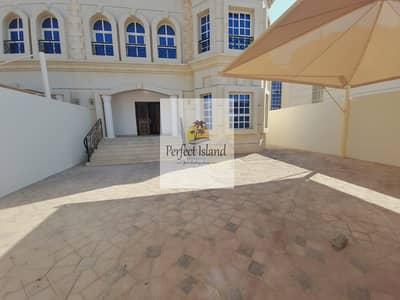 فیلا 7 غرف نوم للايجار في مدينة محمد بن زايد، أبوظبي - Corner Villa   Huge Yard   near Mezyad Mall