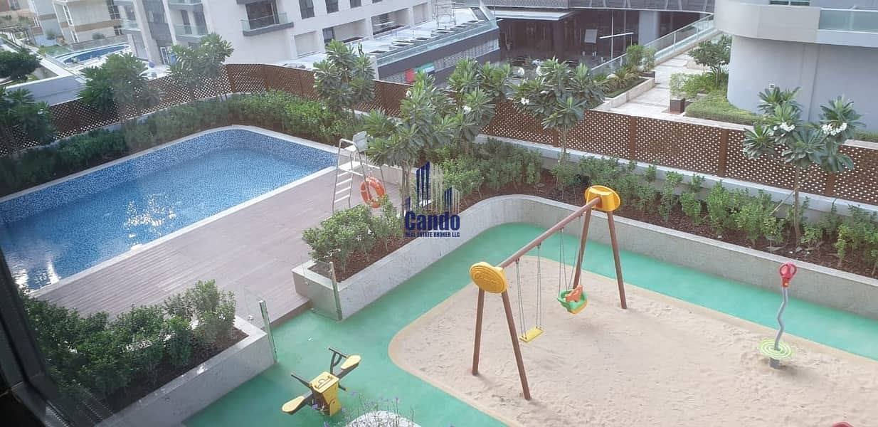 9 Brand New / Pool View / White Goods Equipped