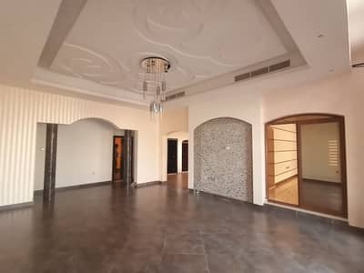 3 Bedroom Villa for Rent in Al Khawaneej, Dubai - Super Lux villa for rent in Al Khawaneej (3 master bedrooms + hall + majlis + large kitchen + laundry room + dining room