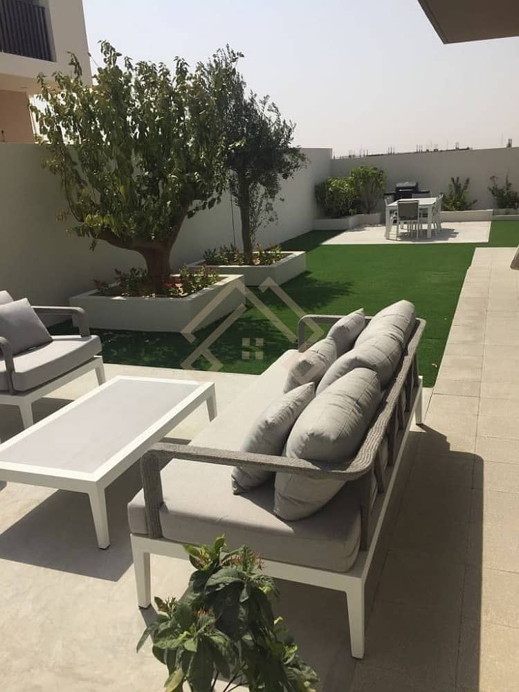 2 Brand New 4 Bedroom Plus Maid Room Villa - with Free service charge for lifetime. . !