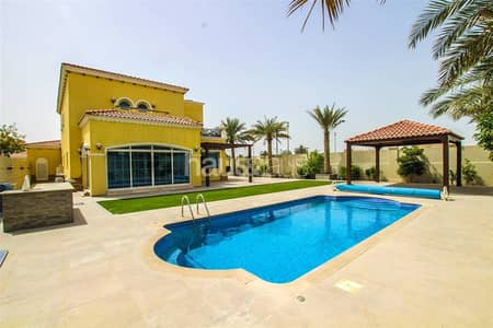 Corner Plot| Pool| Brilliant location 4B