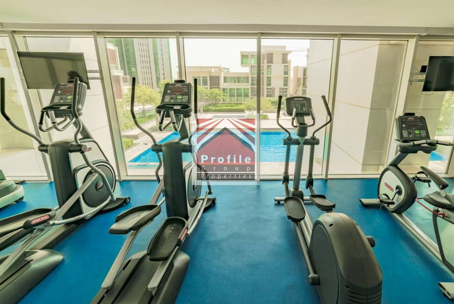 12 Upscale | Sun filled 1BR Apartment with Balcony