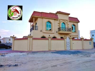 6 Bedroom Villa for Sale in Al Rawda, Ajman - A modern villa for sale, a dozen Arabic, excellent personal finishing, very arranged, on the corner of two streets