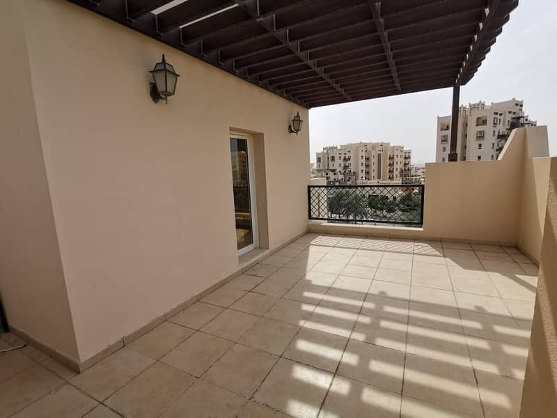 1BR Closed Kitchen With Big Terrace