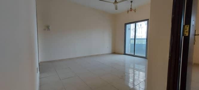شقة 1 غرفة نوم للايجار في شارع الملك فيصل، عجمان - شقة في شارع الملك فيصل 1 غرف 17000 درهم - 4928878