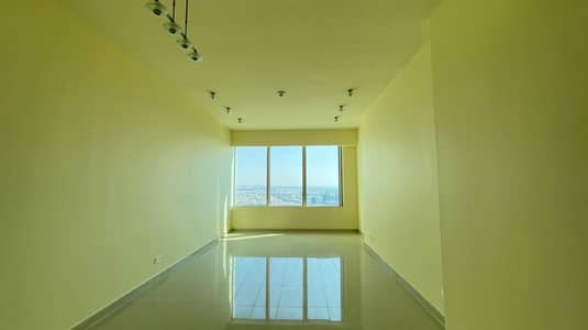 Fascinating 2 BR in Corniche with No Leasing Commission