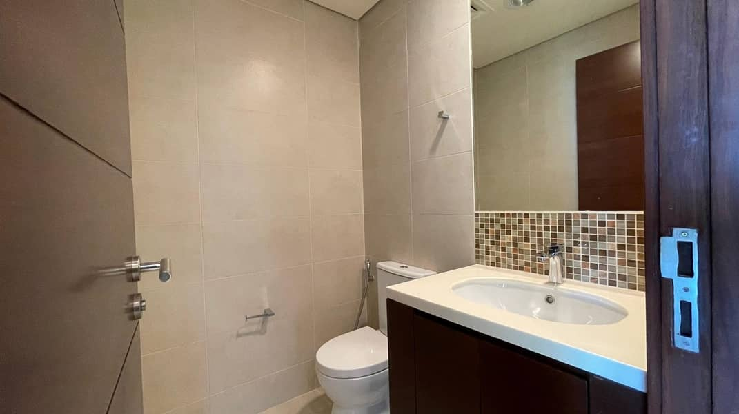 17 Fascinating 2 BR in Corniche with No Leasing Commission