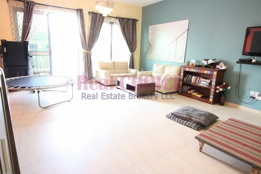 Close To Metro | Large 2 Bed | High Floor