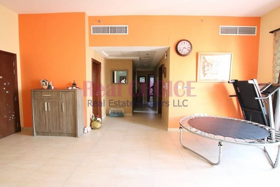 2 Close To Metro | Large 2 Bed | High Floor