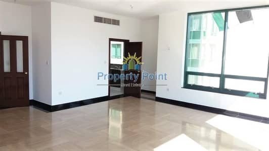 Reduced Price | Spacious 3-bedroom Unit | Maids Rm | Parking | Hamdan Street