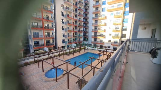 Chiller Free | Walking Distance to Metro | Pool View