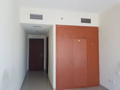Multiple Cheques - Highest Floor- 1 bedroom for Rent in JLP- Rent 36000 by 1 chq
