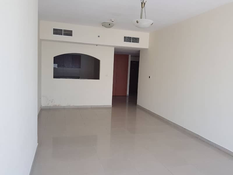 2 Multiple Cheques - Highest Floor- 1 bedroom for Rent in JLP- Rent 36000 by 1 chq