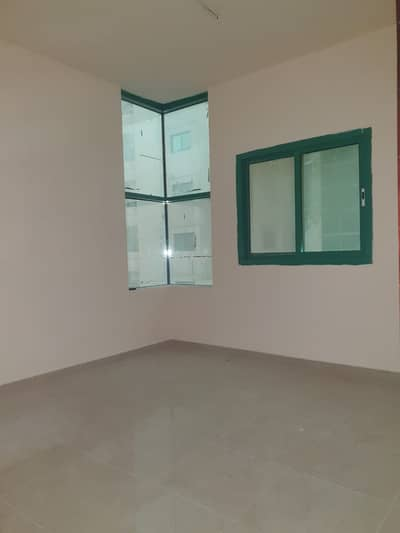 Studio for Rent in Al Mahatah, Sharjah - 1 Month Free Huge Size Studio with Big size Separate Kitchen 14K only