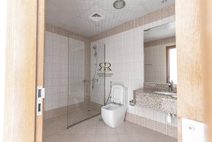 14 Brand New 2 Bedrooms Highly Maintained with Balcony