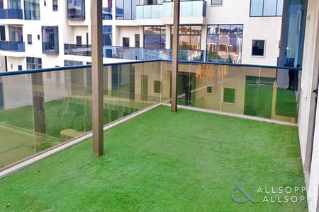 1 Bedroom Flat for Rent in Motor City, Dubai - Luxurious 1Bed | Pool View | Large Balcony