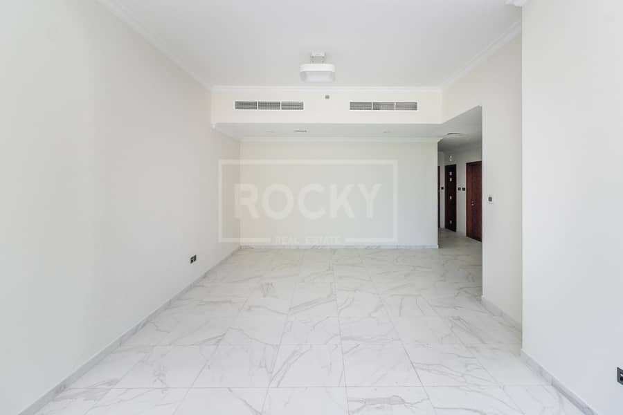 Brand New | Low Floor | 13 months | 6 chqs | Close to Metro