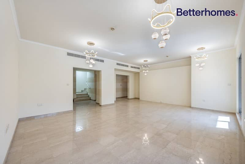 2 Private terrace | Upgraded flooring | Boulevard view