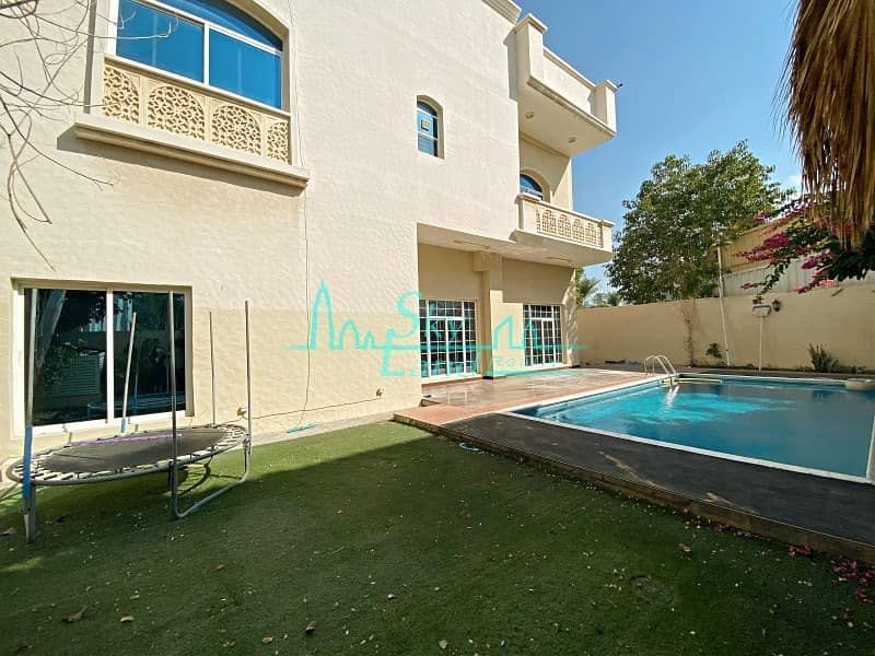 2 Super Spacious 5 Bed Villa With A Private Pool