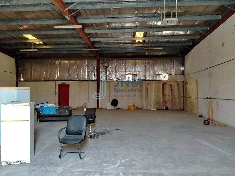 2 2708 Sq_Ft Insolated Warehouse For Rent In Al Quoz