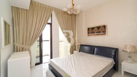 Fully Furnished 1 BR Convertible in GLAMZ