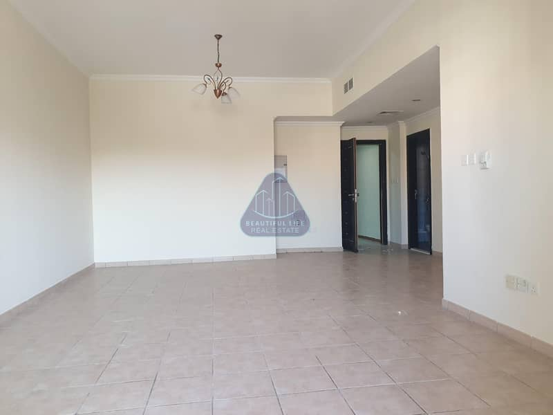 2 5.5 % ROI - Fully Rented Building For Sale - DIP