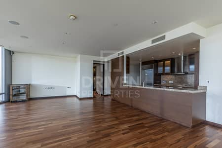 3 Bedroom Apartment for Sale in Downtown Dubai, Dubai - 3bed Plus Maids | Most Luxuries Facilities
