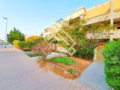 3 Bedroom Townhouse for Rent in Jumeirah Village Circle (JVC), Dubai - Elegant 3BR +Maid Townhouse For Rent