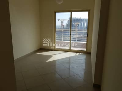 Upcoming Unit   Double Balcony   Community View