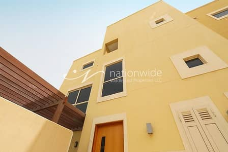 4 Bedroom Villa for Rent in Al Raha Gardens, Abu Dhabi - Make This Family-Friendly Villa Your Next Home