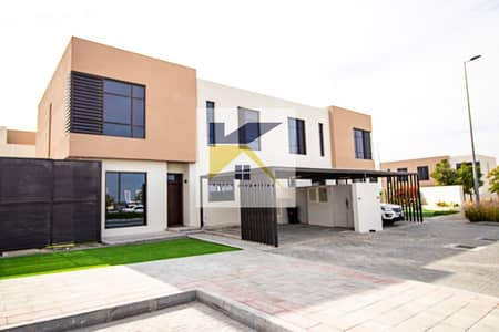 فیلا 3 غرف نوم للبيع في السيوح، الشارقة - Ready Villa in Sharjah without Service Charge all lifetime \ Hot Deal