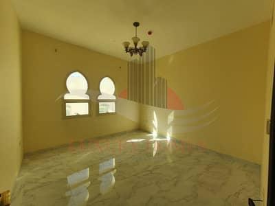 فلیٹ 2 غرفة نوم للايجار في المطارد، العین - Elegant at Prime Location Walking Distance to NMC