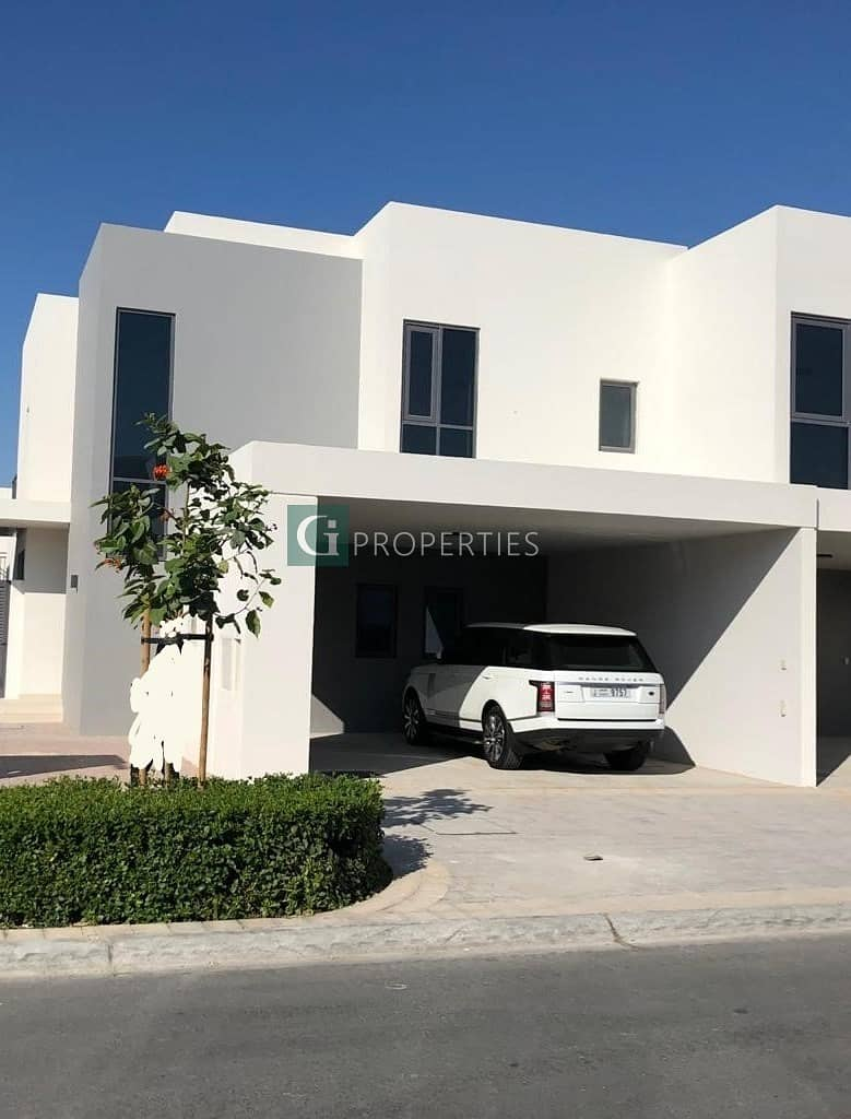 10 BRAND NEW 4 BEDROOM TOWNHOUS IN MAPLE 3| CLOSE TO POOL | CLOSE TO GATE
