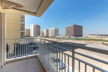 2 Bedroom Apartment for Rent in Liwan, Dubai - Lower floor | close to the Amenities & near Lake