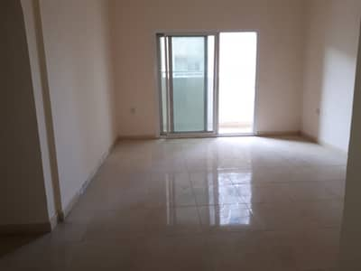 2 Bedroom Flat for Rent in Muwailih Commercial, Sharjah - Spacious 2bhk in muwaileh area rent only 28k in 4/6 cheque payment