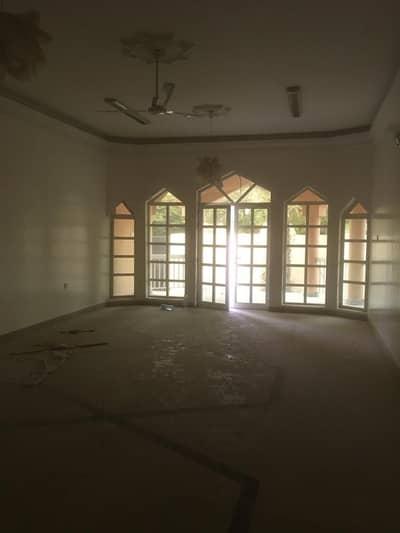 4 Bedroom Villa for Rent in Al Yash, Sharjah - STYLISH VILLA ONE FLOOR FOR LOCAL MULHAQ GARDEN MAID