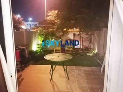 فیلا 2 غرفة نوم للبيع في الريف، أبوظبي - Single Row ! 2 Beds with Private Garden in Best Location !