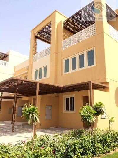 3 Bedroom Townhouse for Sale in Dubai Waterfront, Dubai - Vacant I 3 BR I With Garden entrance I Park View