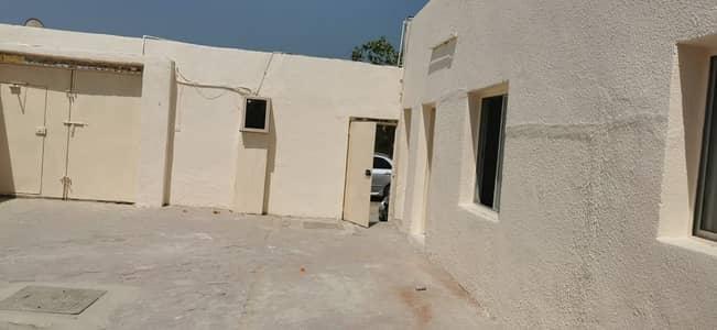 فیلا 4 غرف نوم للايجار في الصبخة، الشارقة - فیلا في الصبخة 4 غرف 29000 درهم - 4933063