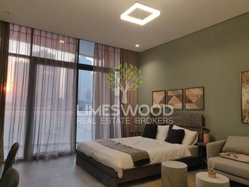 2 One Beautiful Studio Apartment With Balcony In V2