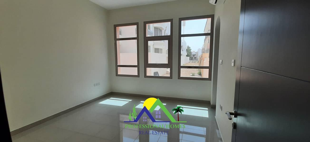 Luxury 1Bedroom Flat for rent near Universal/ khaleej hospital jimi