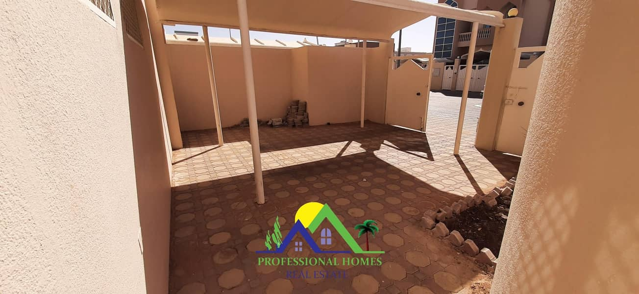 2 FREE 1 MONTH Private 3Bedrooms with maidroom in Asharej near Tawam Hos