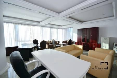 مکتب  للبيع في الخليج التجاري، دبي - High Floor | Sea & Canal View | Vacant