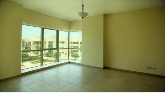 فلیٹ 2 غرفة نوم للايجار في الكرامة، دبي - 2-BR Apartment Close to Zabeel Park